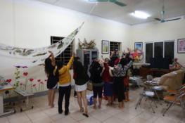 Teaching English at Northern shelter